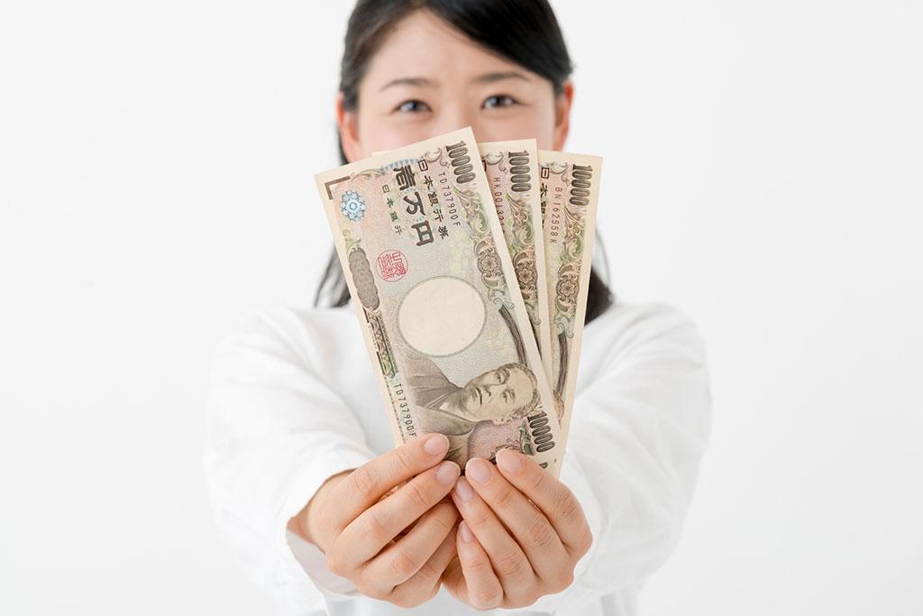 今すぐ3万円借りたいならカードローンを活用しよう